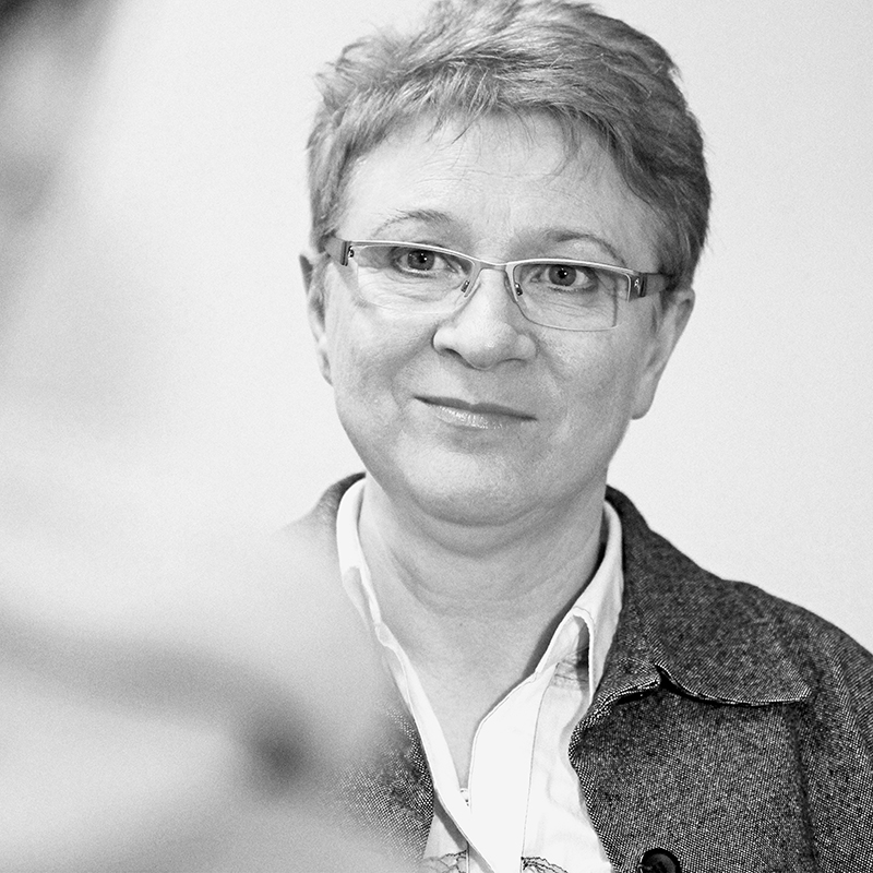 Dr. Anna  Mielniczuk-Pastoors